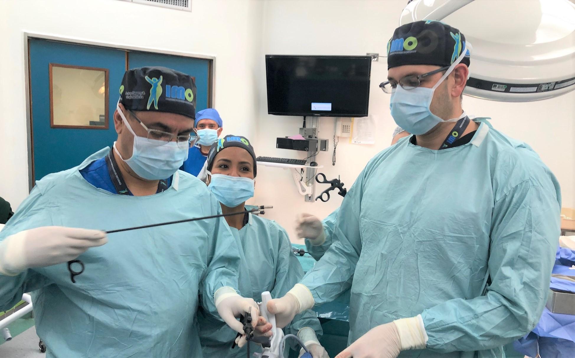 DOCTORES OPERANDO
